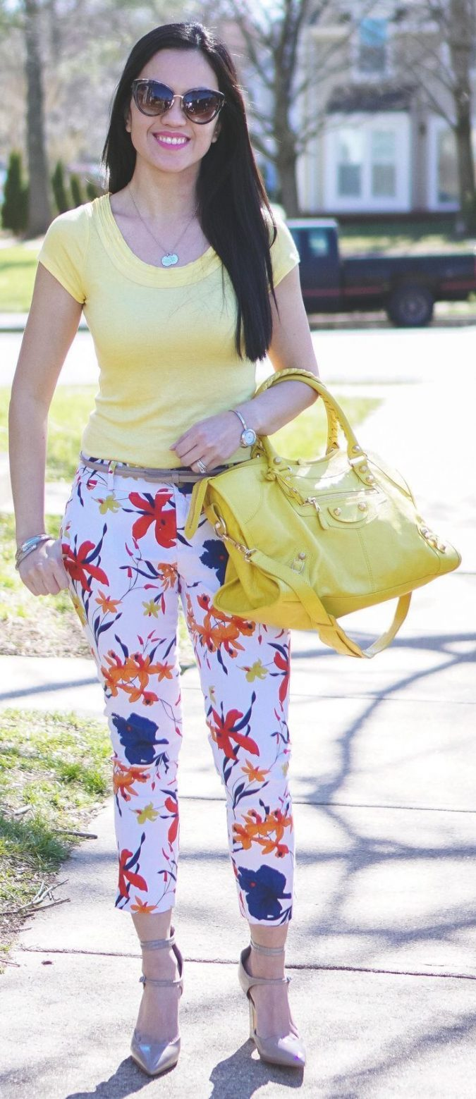 summer-work-outfit-floral-pants-675x1559 80+ Elegant Summer Outfit Ideas for Business Women
