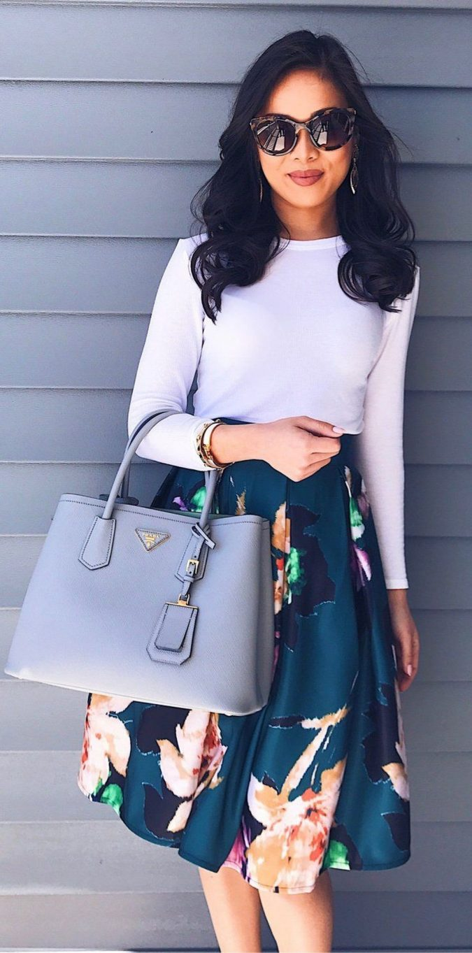 summer-work-outfit-floral-skirt-1-675x1363 80+ Elegant Summer Outfit Ideas for Business Women