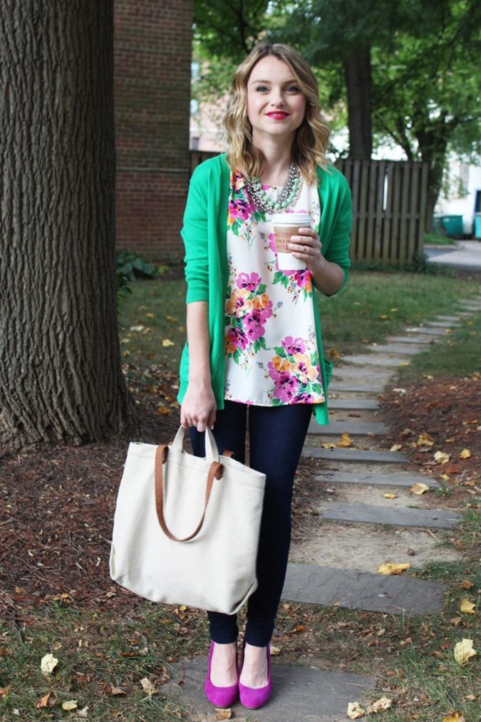 summer-work-outfit-floral-top-2-675x1013 80+ Elegant Summer Outfit Ideas for Business Women