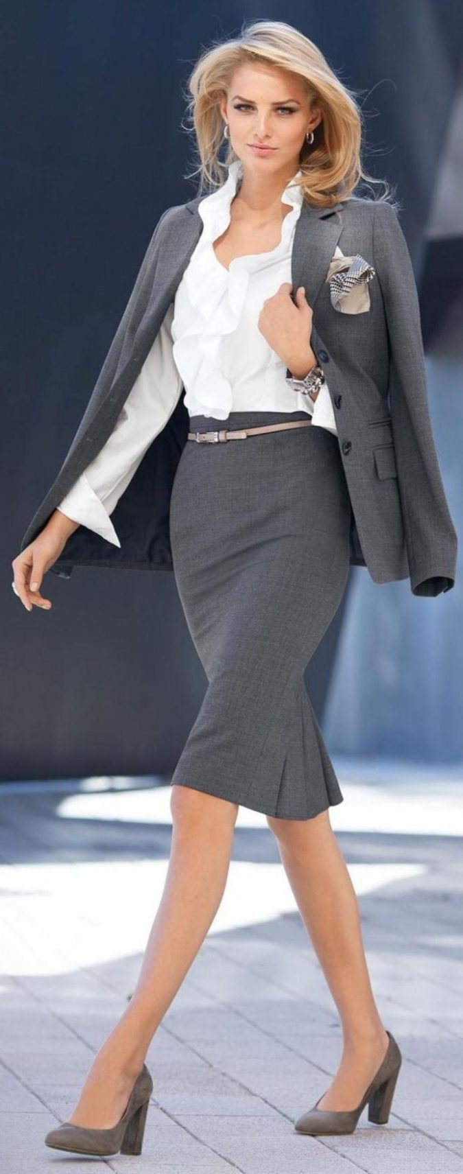summer-work-outfit-skirt-suit-2-675x1711 80+ Elegant Summer Outfit Ideas for Business Women in 2019