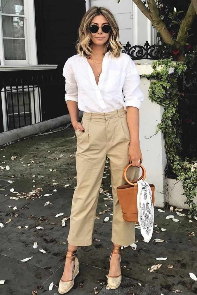 summer-work-outfit-white-shirt-beige-pants-675x1012 80+ Elegant Summer Outfit Ideas for Business Women