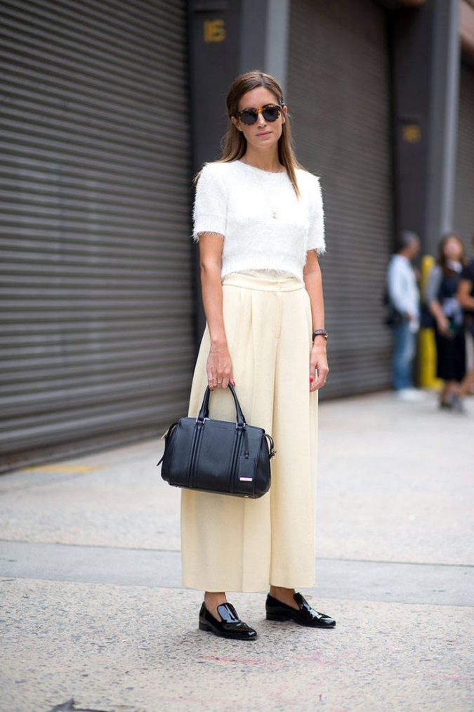 summer-work-outfit-white-top-beige-bottom-675x1013 80+ Elegant Summer Outfit Ideas for Business Women