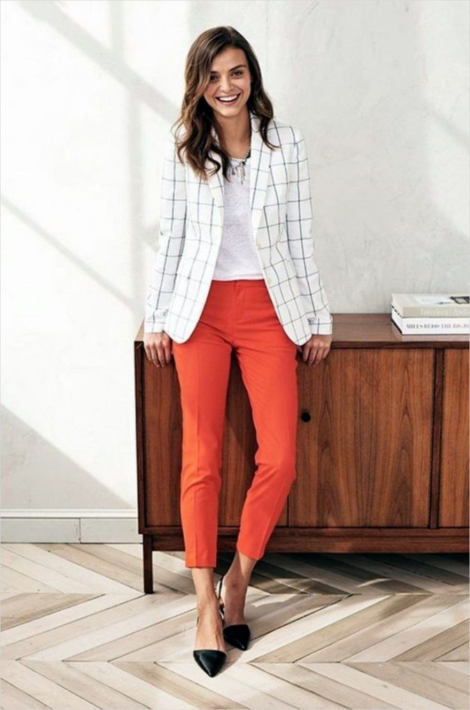 summer-work-outfit-with-blazer-3-675x1020 80+ Elegant Summer Outfit Ideas for Business Women in 2019