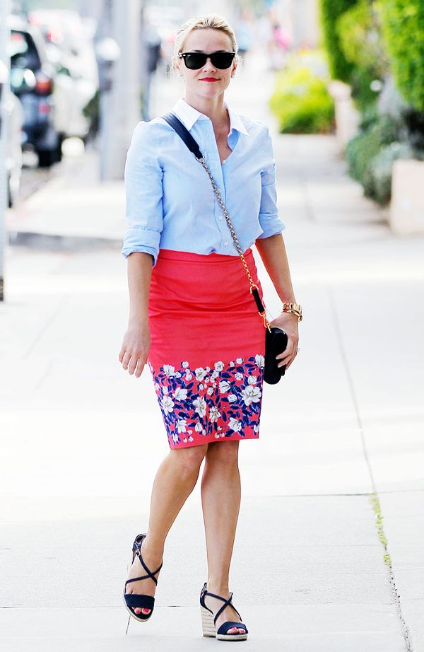 summer-work-outfit-with-floral-skirt 80+ Elegant Summer Outfit Ideas for Business Women