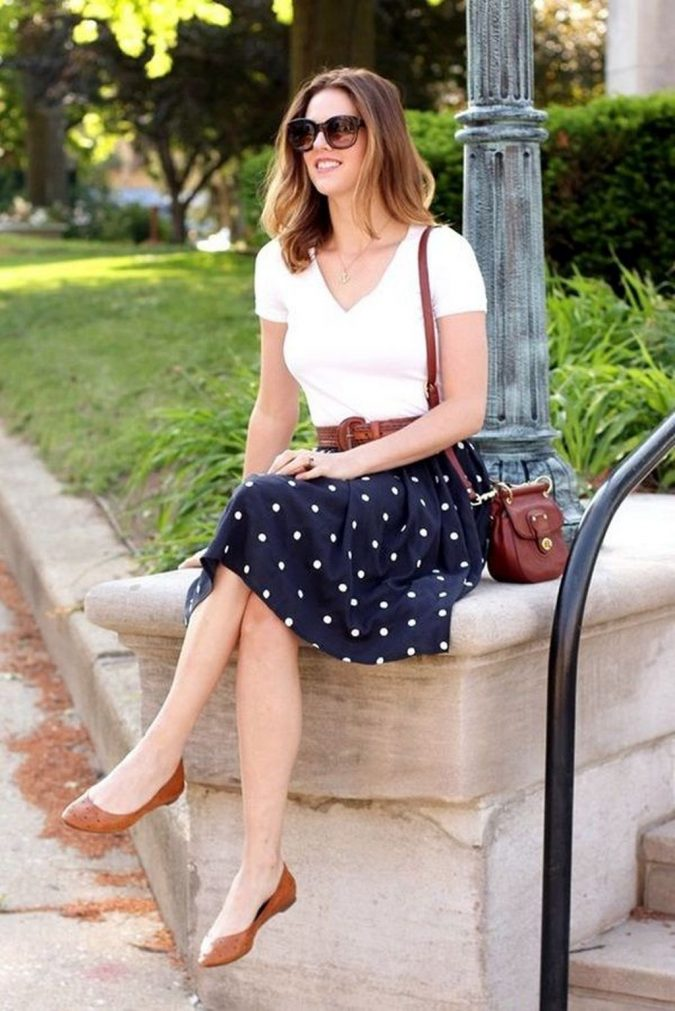 summer-work-outfit-with-polka-dot-skirt-675x1011 80+ Elegant Summer Outfit Ideas for Business Women in 2019