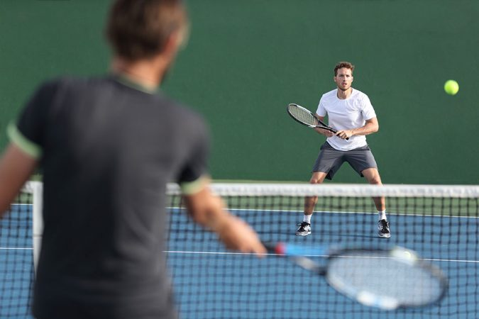 tennis-ball-players-675x450 11 Facts about Colored Lenses that May Surprise You