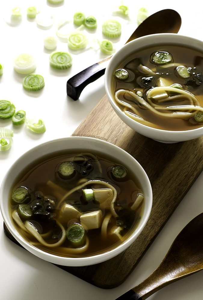 vegan-Miso-soup-675x995 14 Easy Tricks for Anyone Who Likes Vegetarian Food