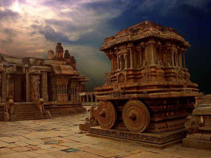 vitthala-temple-hampi-ancient-india-675x506 6 Top Reasons to Visit India
