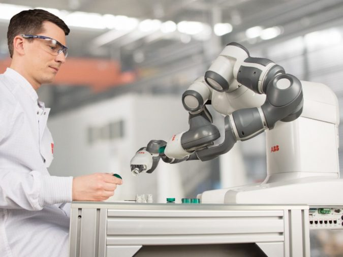 Cobot-2-675x506 Cobots Have Changed the Way Humans Work