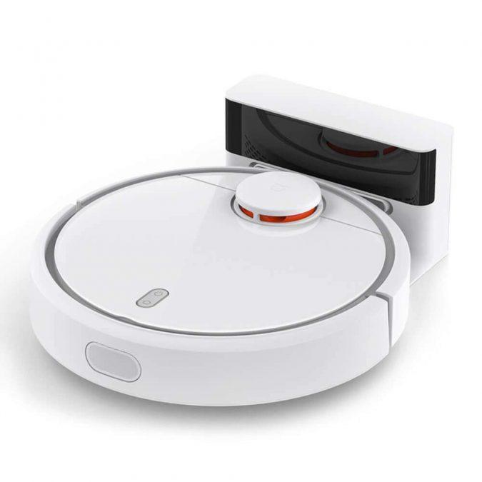 Xiaomi-Mi-Robot-Vacuum-smart-gadgets-1-675x675 Newest 12 Smart Gadgets You Should Keep in Home