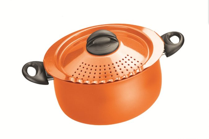 bialetti-pasta-pot-kitchen-tools-675x450 24 Innovative Kitchen Tools You Should Get Today