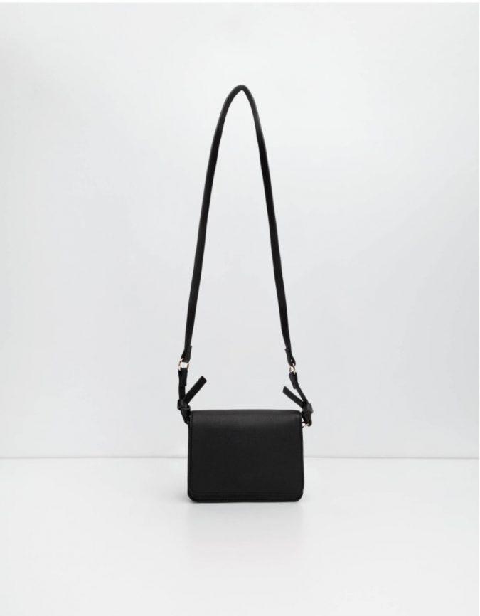 black-bag-675x866 10 Stunning Women Outfit Ideas
