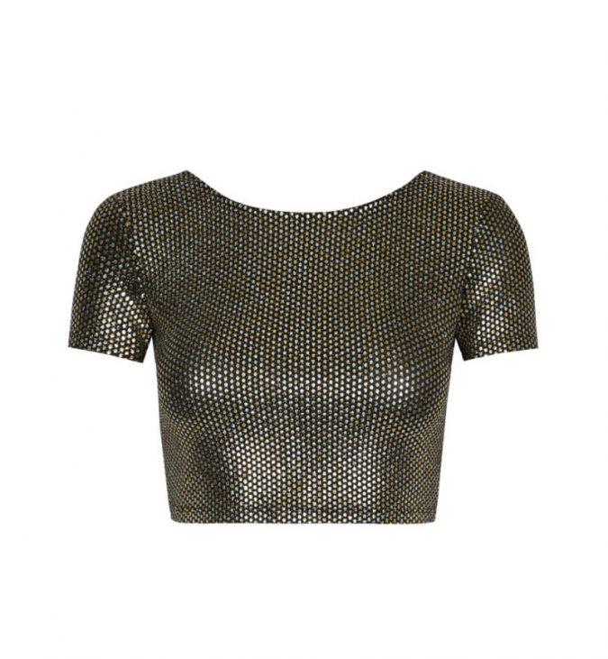 black-glitter-crop-top-675x731 10 Stunning Women Outfit Ideas