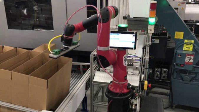 cobots-Packing-675x380 Cobots Have Changed the Way Humans Work