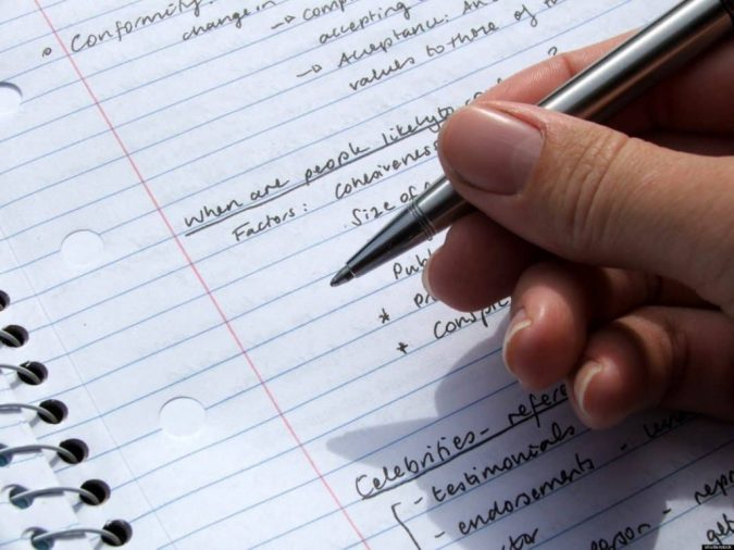 essay-writing-675x506 Tips on How to Prove Your Point in a Persuasive Essay