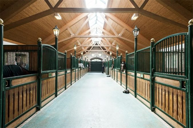 horse-stable-4-675x449 3 Awesome Tips You Need for Your Dream Horse Stable