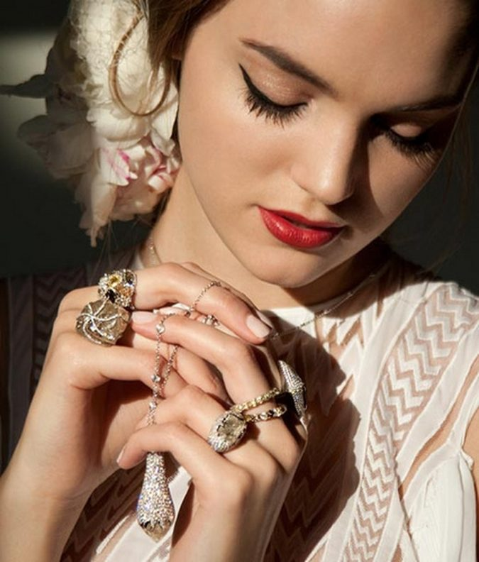 jewelry-for-women-675x792 10 Reasons Why You Should Own Fashion Jewelry