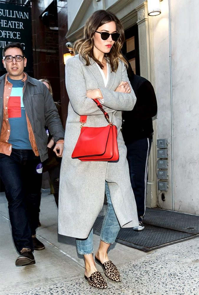mandy-moore-675x1001 20 Most Stylish Female Celebrities Fashion Trends 2020