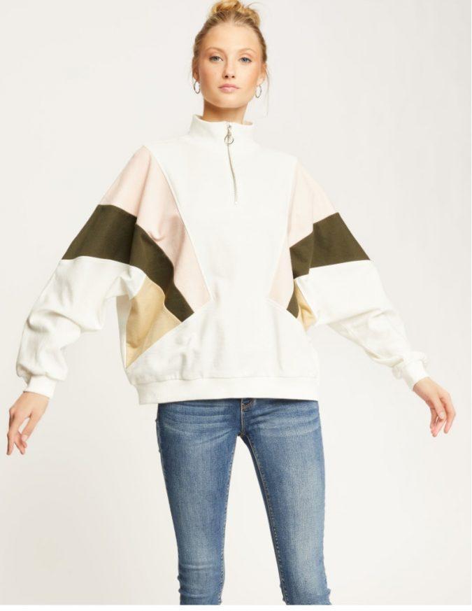 oversized-sweatshirt-2-675x873 10 Stunning Women Outfit Ideas