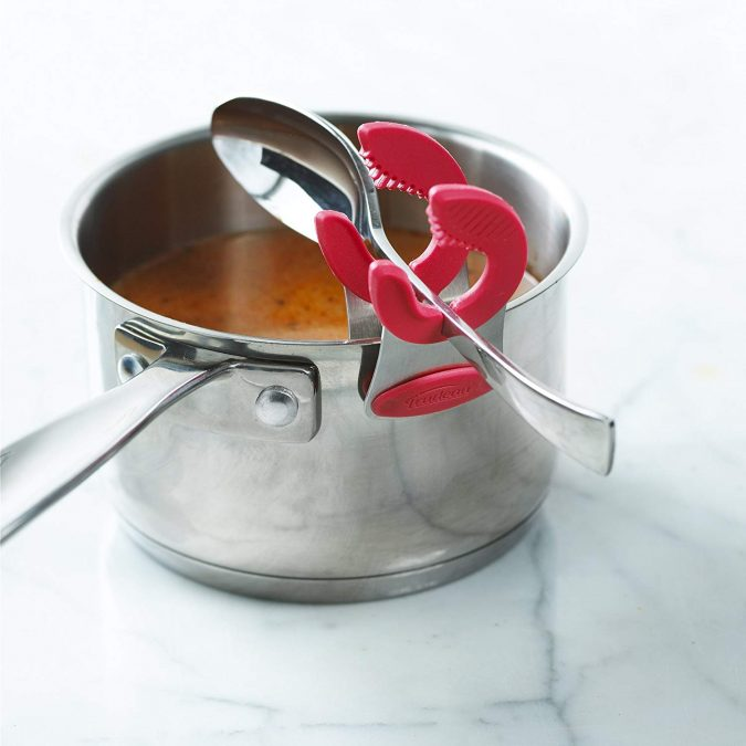 pot-clip-kitchen-tools-2-675x675 24 Innovative Kitchen Tools You Should Get Today