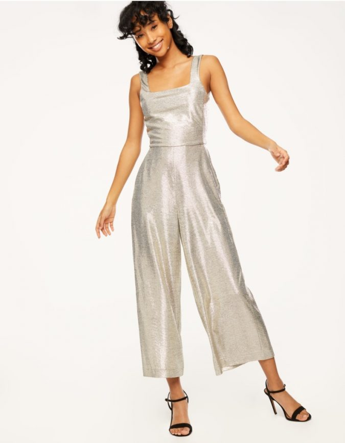 silver-jumpsuit-675x867 10 Stunning Women Outfit Ideas for 2019
