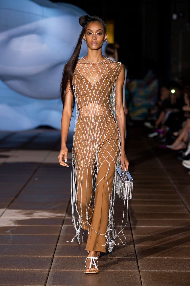 spring-2019-trends-fishnet-area 20 Most Stylish Female Celebrities Fashion Trends 2020