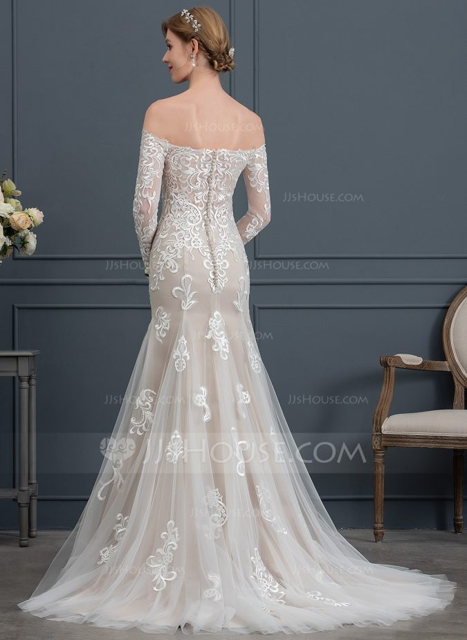 wedding-dress-back-2-675x925 How Does Plus Size Wedding Dresses Increase the Shimmer of Your Personality?