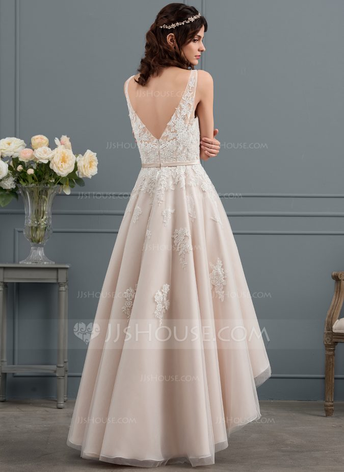 wedding-dress-back-675x925 How Does Plus Size Wedding Dresses Increase the Shimmer of Your Personality?