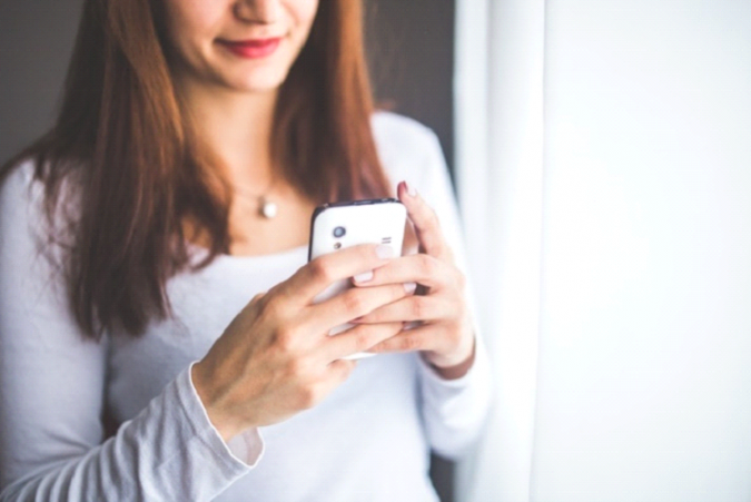 woman-mobile-675x451 Contemporary Methods to Increase Instagram Followers