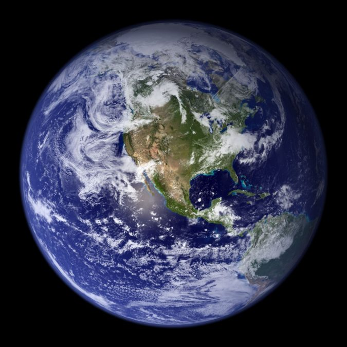 Earth-675x675 14 Unusual Facts about Earth Can't Be Found Anywhere Else
