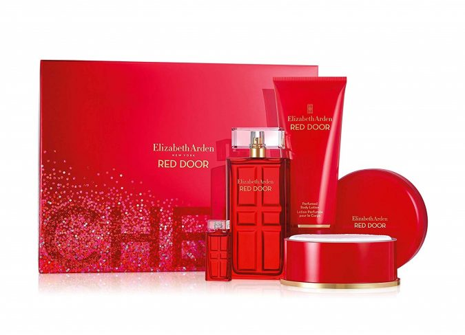 Elizabeth-Arden-red-door-collection-675x487 Top 10 Fragrances Aid in Turning Men On!