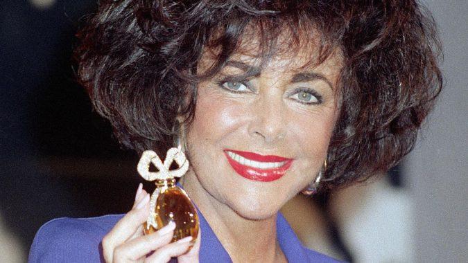 Elizabeth-Taylor-675x380 10 Most Favorite Perfumes of Celebrity Women