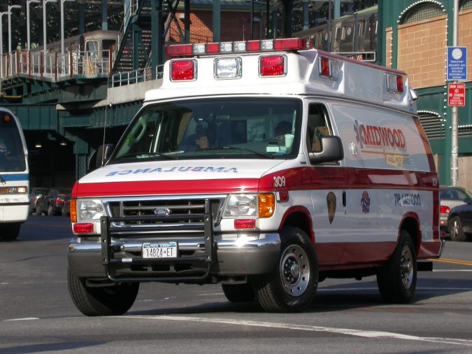 Ford-E-350-Midwood-Ambulance-675x506 5 Fun Facts about Ambulances