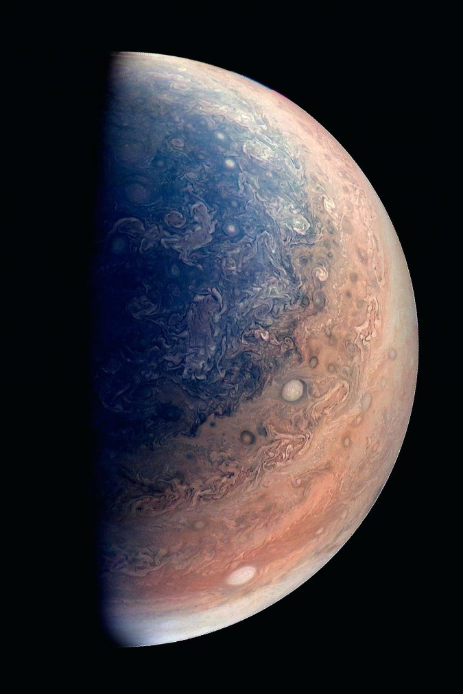 Jupiter-hosts-the-biggest-ocean-675x1012 Top 10 Unusual Solar System Facts Found Recently