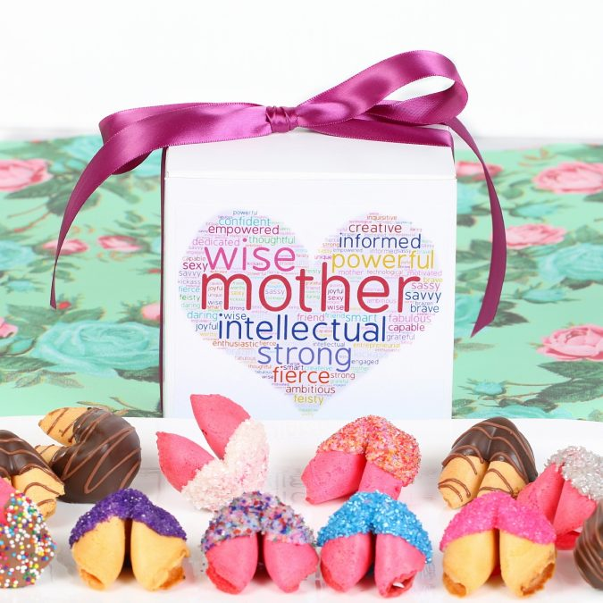 Personalized-fortune-cookies.-675x675 Top 15 Creative Mother's Day Gift Ideas