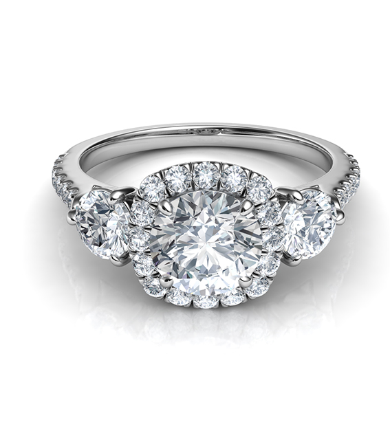 The-Stunning-Three-Stone-Style 7 Hottest Engagement Ring Trends
