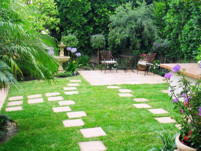 asymetrical-home-garden-675x507 5 Landscaping Trends to Consider