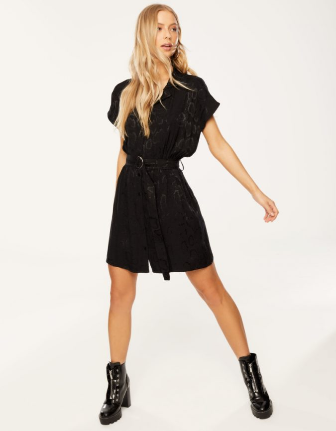black-animal-printed-dress-summer-outfit-675x866 12 Fashion Trends of Summer and How to Style Them
