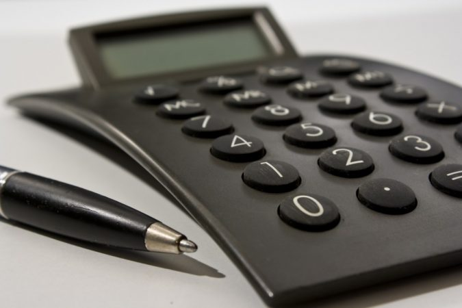 calculator-Set-a-budget-675x450 5 Things You Need to Know Before Planning Your Kitchen