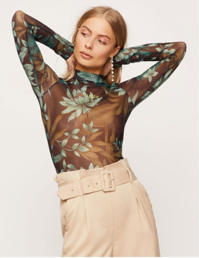 floral-top-summer-outfit-675x874 12 Fashion Trends of Summer and How to Style Them