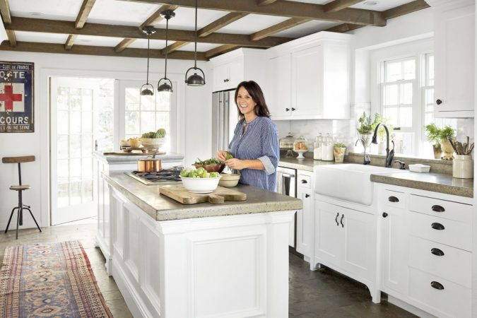 kitchen-island-675x450 5 Things You Need to Know Before Planning Your Kitchen