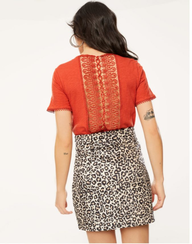 lace-top-summer-outfit-2-e1555622543593-675x856 12 Fashion Trends of Summer and How to Style Them