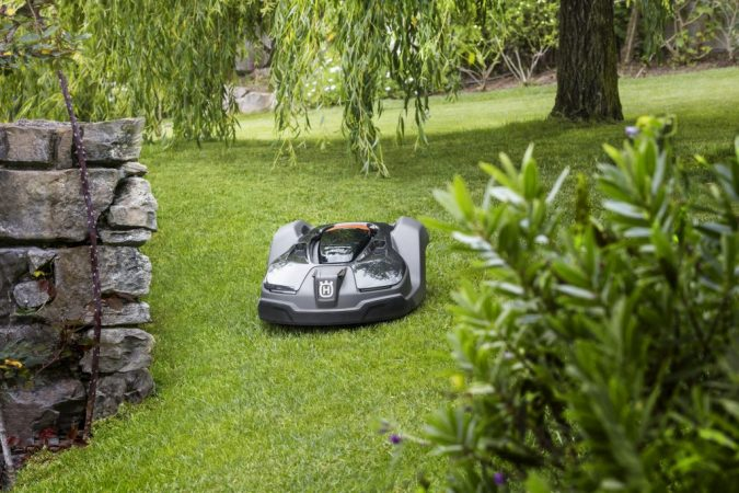 landscaping-Husqvarna-Automower-675x450 5 Landscaping Trends to Consider