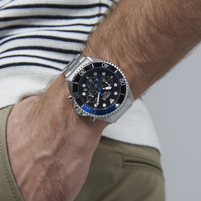 men-watch.-1-675x675 Guide to Help You Choose A Watch (A Luxury Every Man Deserves)