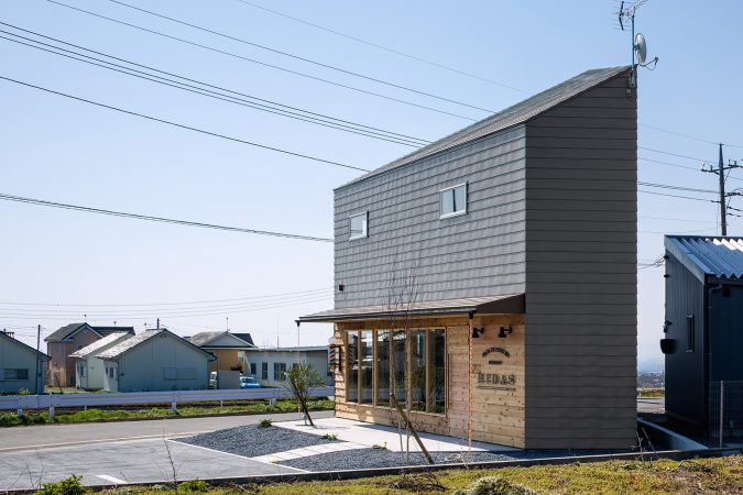 multifunctional-Japanese-home-675x450 Planning Your Dream Home on a Budget