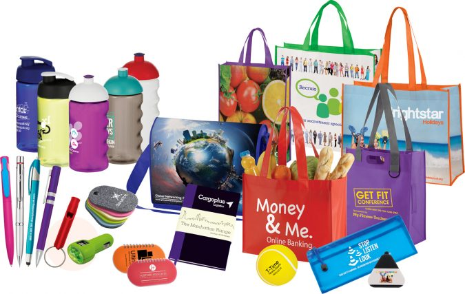 promotional-products-675x427 4 Cool Things to Giveaway at a Booth
