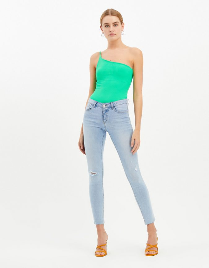 summer-outfit-neon-bodysuit-675x866 12 Fashion Trends of Summer and How to Style Them