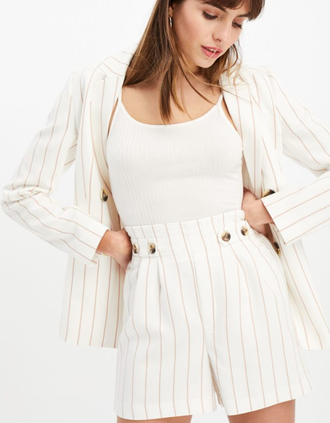 summer-outfit-striped-short-675x866 12 Fashion Trends of Summer and How to Style Them