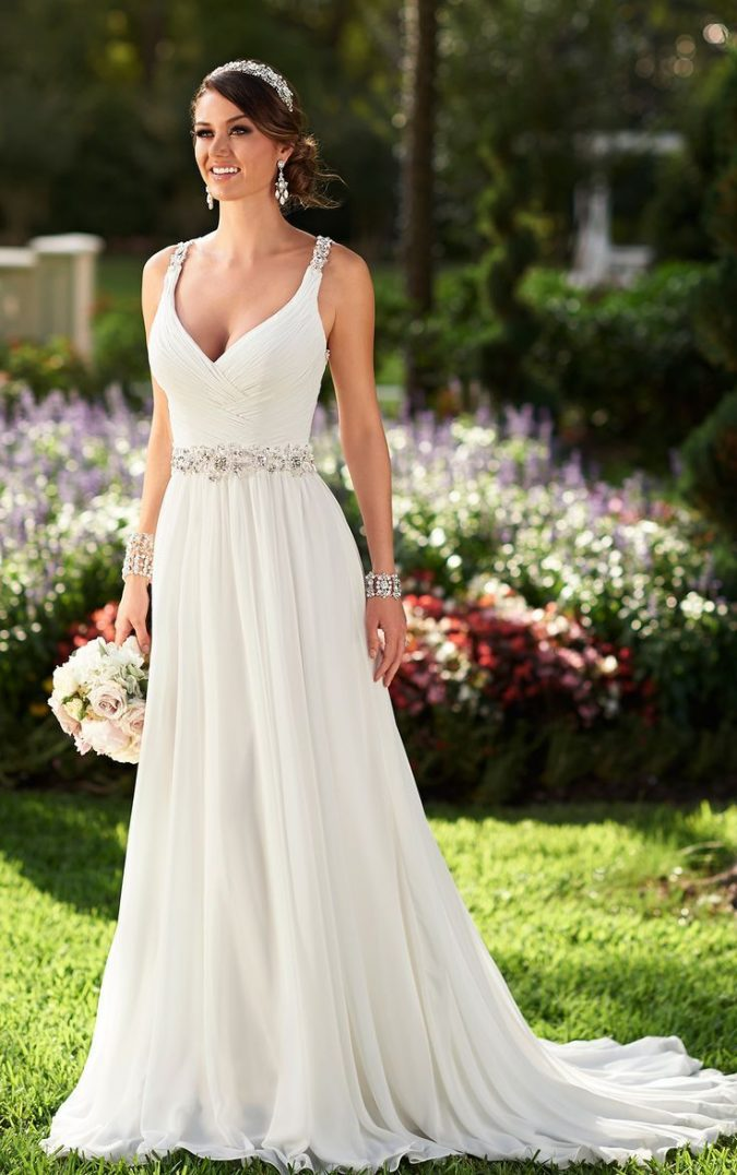 summer-wedding-dress-675x1076 5 Important Considerations to Make Before Buying Your Wedding Dress