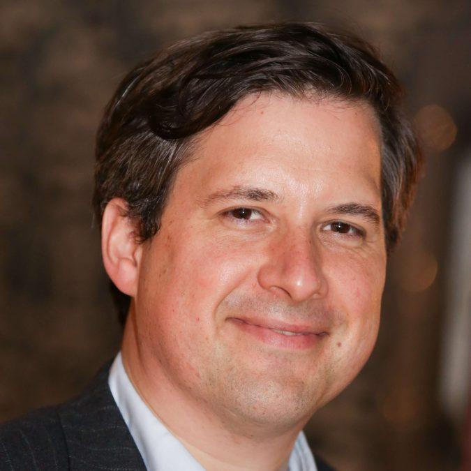 Dan-Matthews-journalist-675x675 Top 10 Best Business and Financial Journalists in the USA